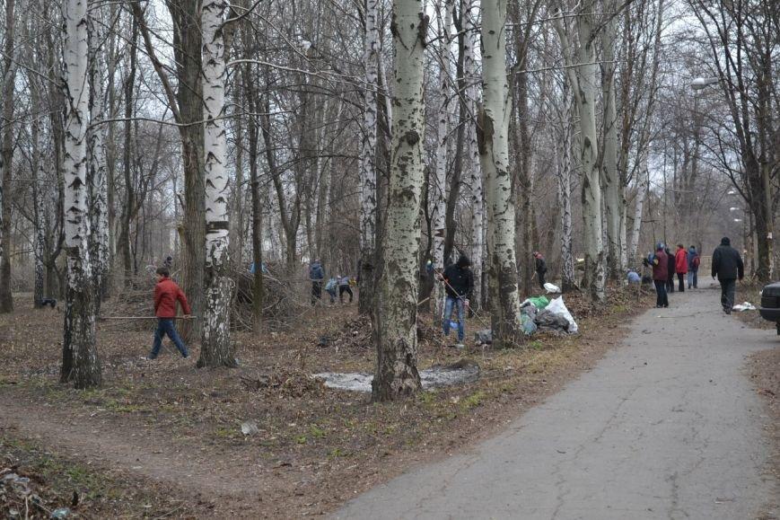 Генеральная уборка в Красноармейске: от парка «Юбилейный» до Динаса, фото-20