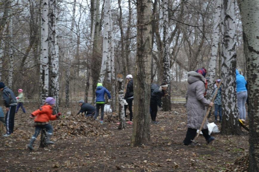 Генеральная уборка в Красноармейске: от прака «Юбилейный» до Динаса (фото) - фото 21