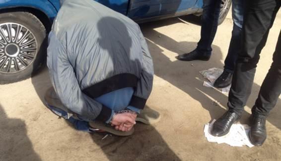 В Киеве задержали торговца оружием (ФОТО, ВИДЕО) (фото) - фото 1