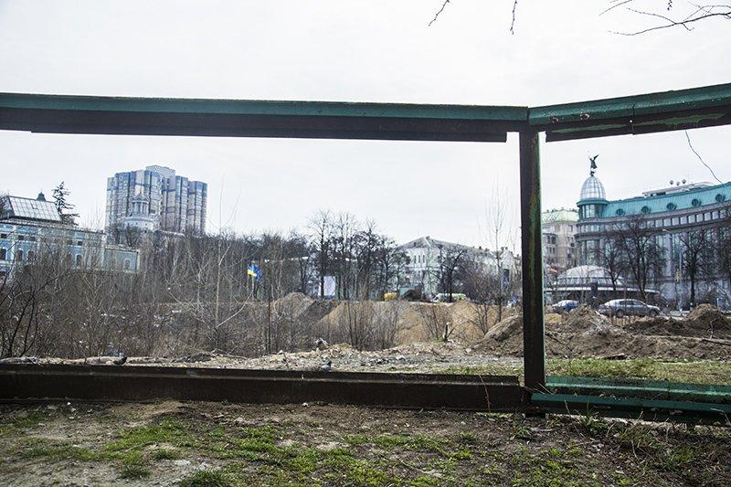 Главное за 30 марта: парк Героев Небесной сотни и ликвидация МАФов около метро (фото) - фото 1