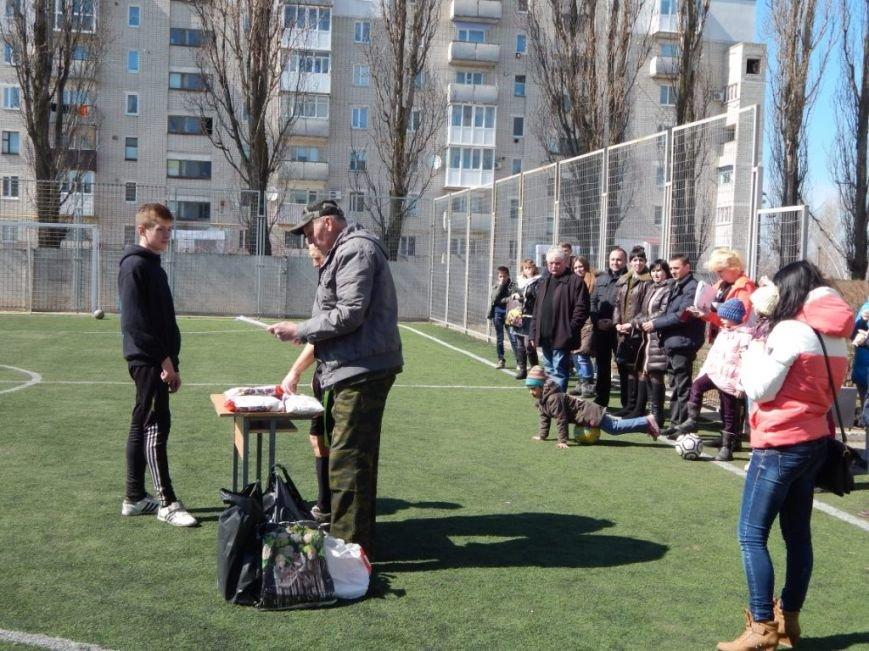 Сотрудники уголовно-исполнительной инспекции Херсонской области приняли участие в школьном мероприятии «Украина Единая» (фото) - фото 3