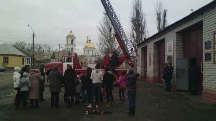 В Комсомольском районе Херсона состоялась акция «Предотвратить. Спасти. Помочь » (фото) - фото 1