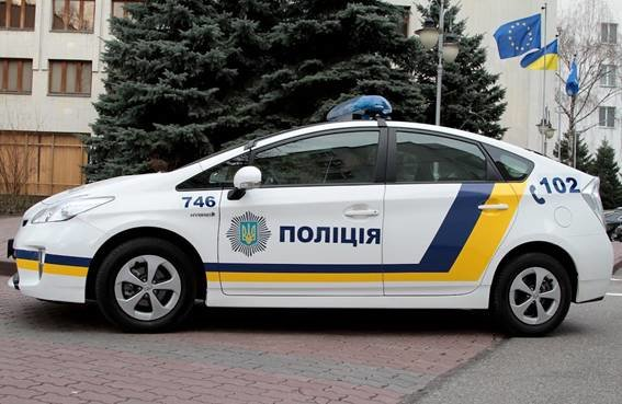 В МВД назвали два лучших дизайна для новых патрульных авто (ФОТО) (фото) - фото 1