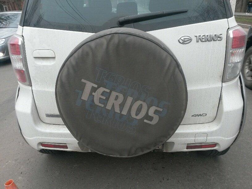 В Мариуполе внедорожник столкнулся с легковушкой (ФОТО), фото-4