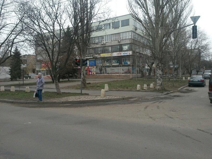 В Мариуполе внедорожник столкнулся с легковушкой (ФОТО), фото-5