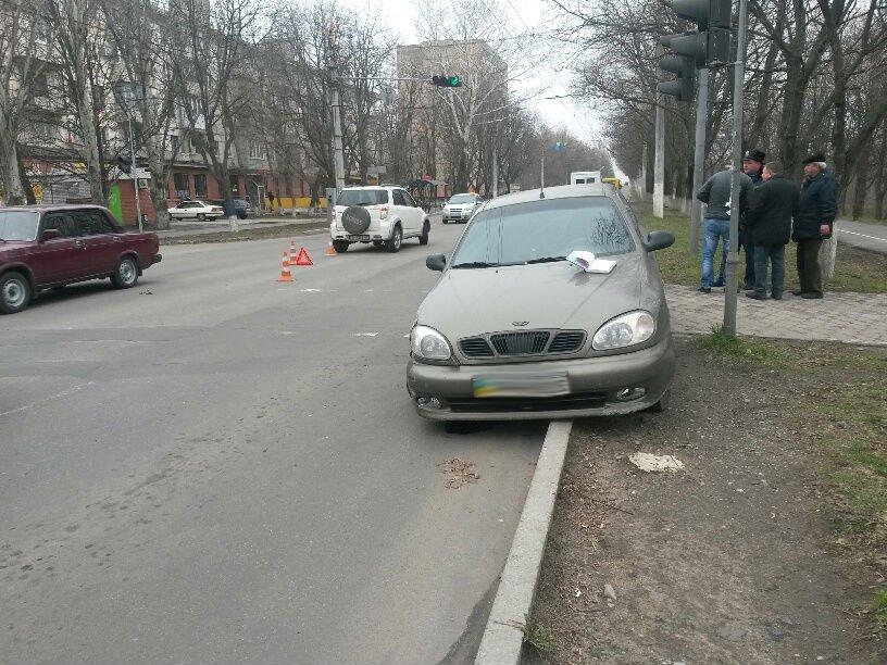 В Мариуполе внедорожник столкнулся с легковушкой (ФОТО), фото-2