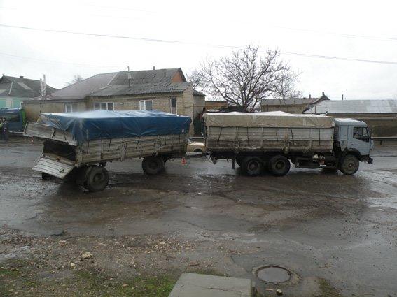 На Николаевщине КамАЗ «разворотил» маршрутку - 8 пострадавших (ФОТО) (фото) - фото 2