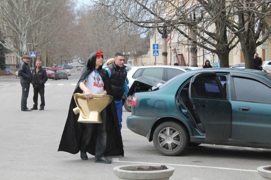 Мэр Николаева получил подарок за свое «идеальное» правление городом (ФОТО) (фото) - фото 1