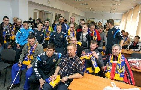 soccer_zbirna_UKR_in_Lviv_WAR_hospital_(KRAWS)_1806