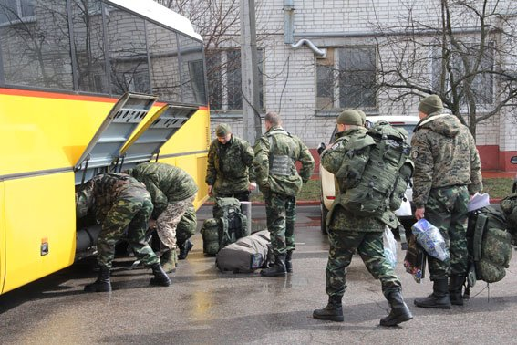 Черниговские милиционеры снова уехали на Донбасс (фото) - фото 1