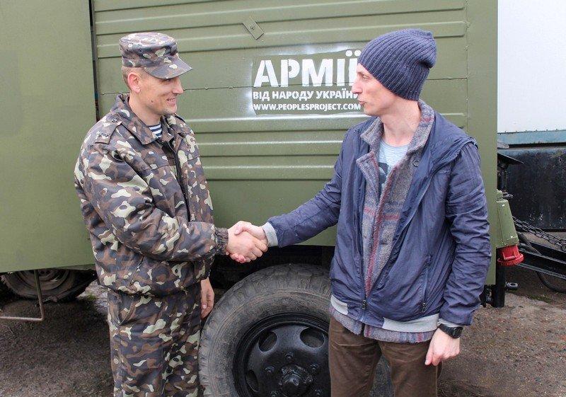 Николаевские волонтеры передали в зону АТО 3 полевые прачечные (ФОТО) (фото) - фото 1