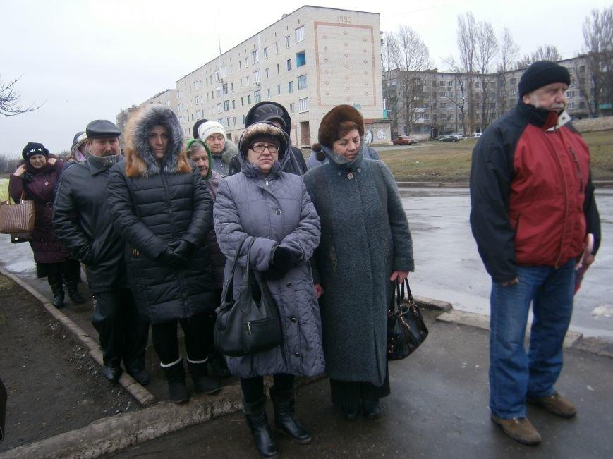 В Димитрове прошла молитвенная Крестная дорога за мир и покаяние (ФОТО) (фото) - фото 8