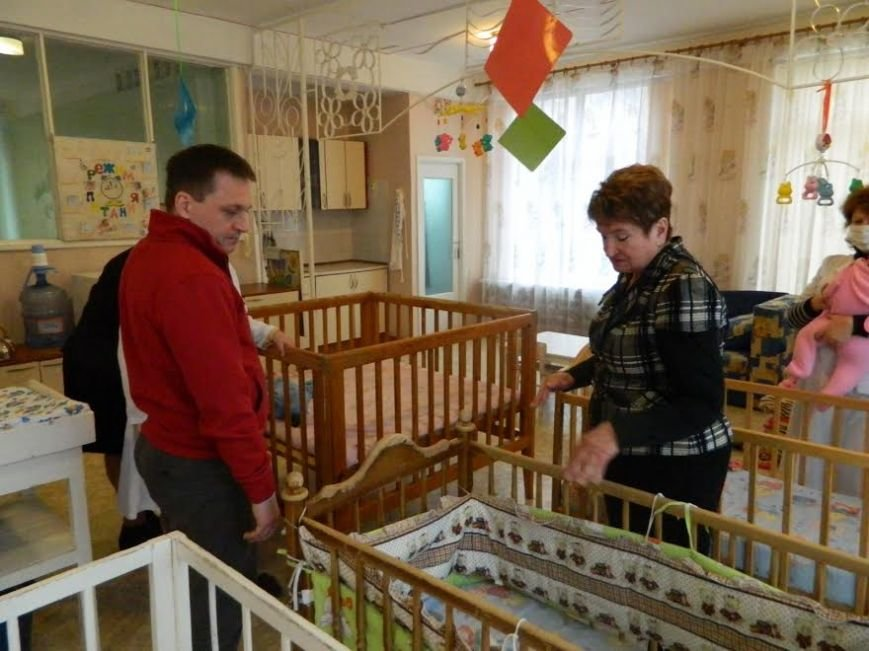 Мариупольский «Центр опеки» посетил ЮНИСЕФ (ФОТО) (фото) - фото 1