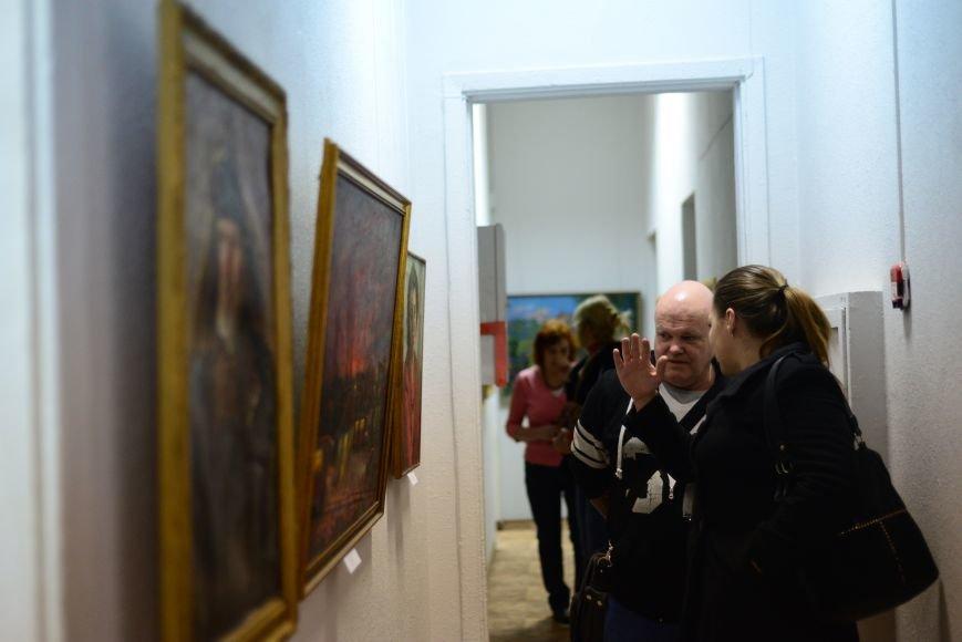 В Запорожье открылась художественная выставка «Время на полотне» (ФОТОРЕПОРТАЖ), фото-30