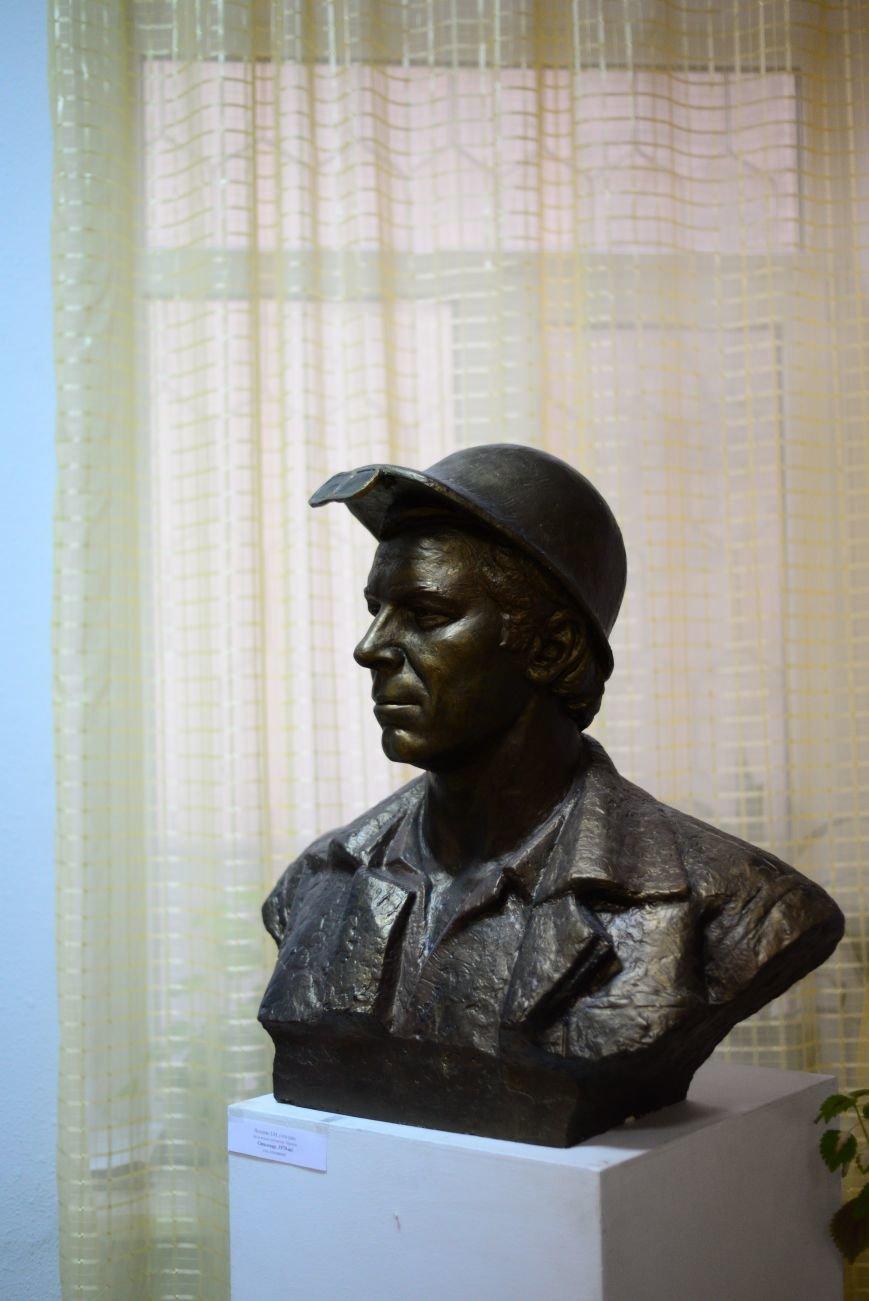 В Запорожье открылась художественная выставка «Время на полотне» (ФОТОРЕПОРТАЖ), фото-25