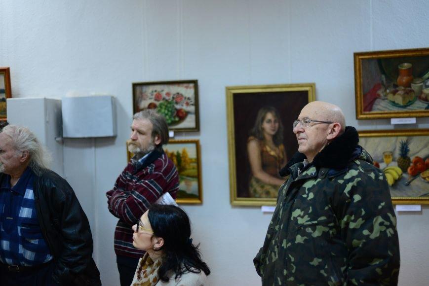 В Запорожье открылась художественная выставка «Время на полотне» (ФОТОРЕПОРТАЖ), фото-18
