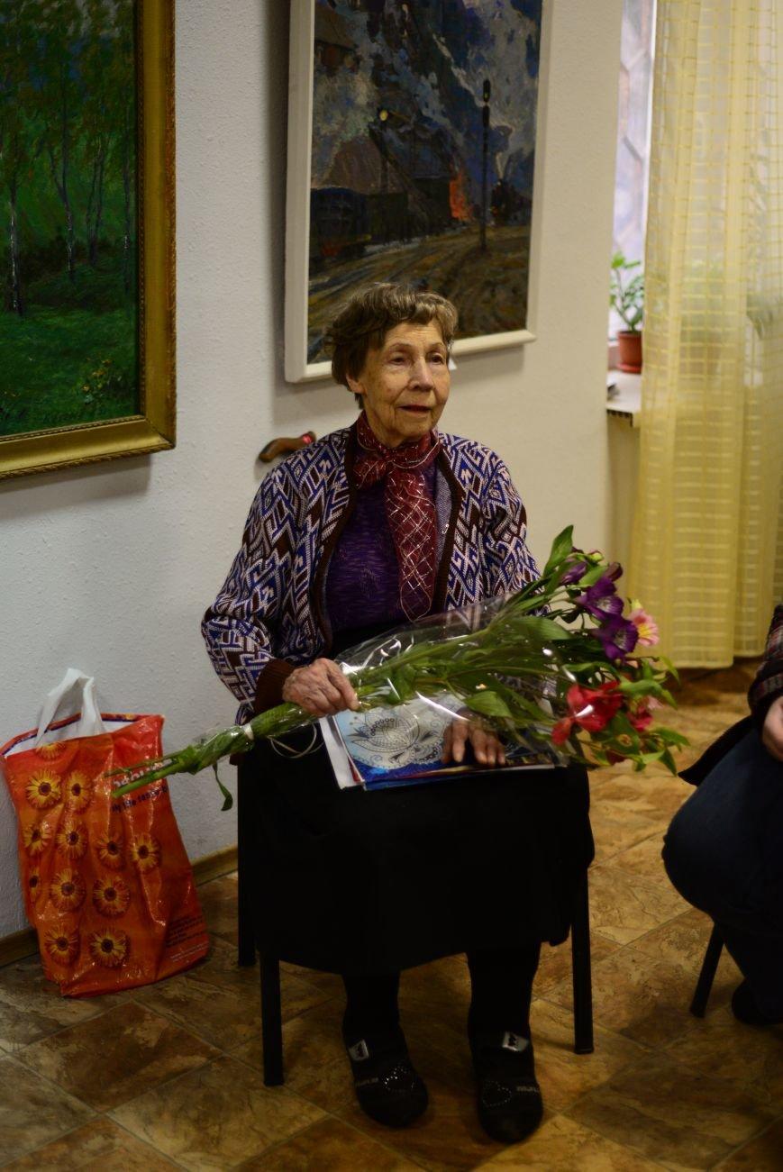В Запорожье открылась художественная выставка «Время на полотне» (ФОТОРЕПОРТАЖ), фото-27