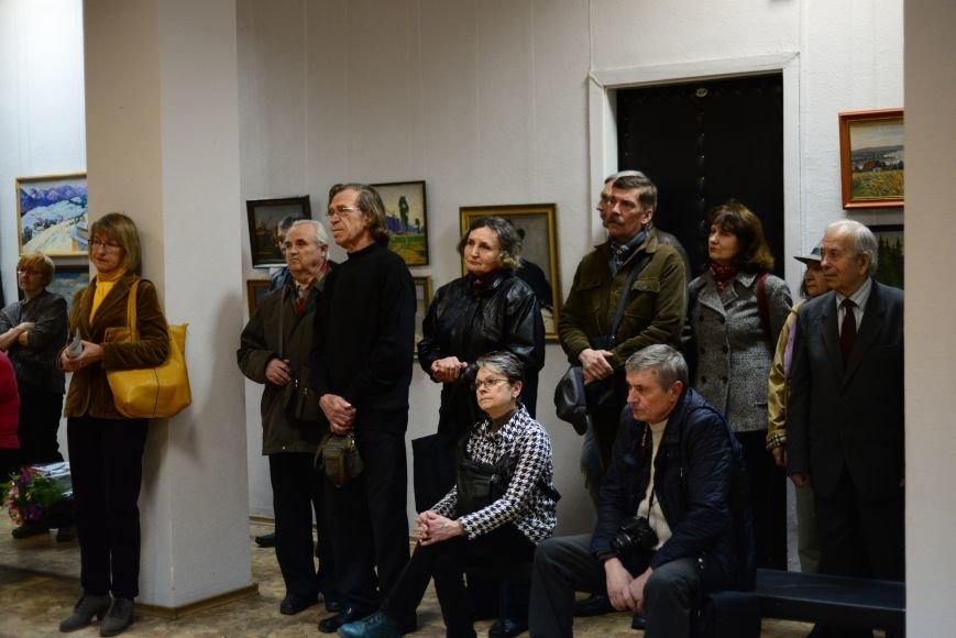 В Запорожье открылась художественная выставка «Время на полотне» (ФОТОРЕПОРТАЖ), фото-19