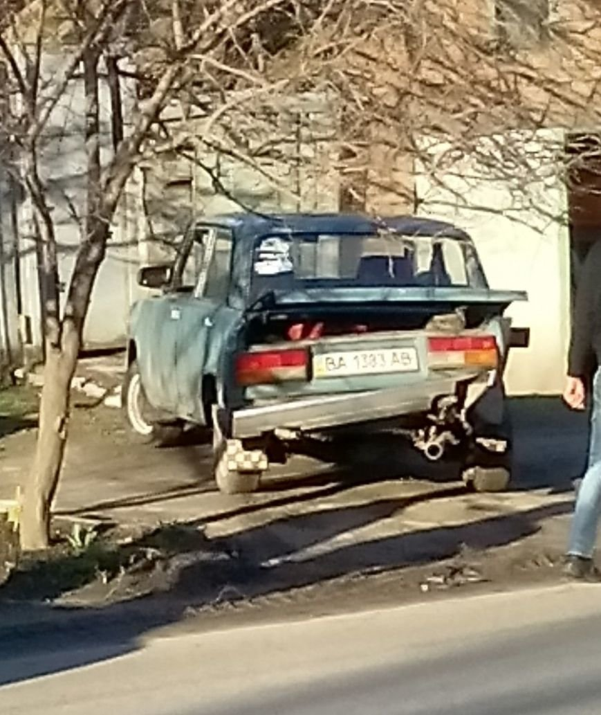 В Кировограде «ВАЗ» задним ходом протаранил «Lanos», фото-6