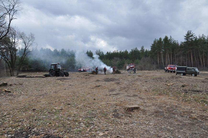 Працівники Служби порятунку та лісгоспу відпрацювали взаємодію щодо гасіння пожеж у лісах.ФОТО, фото-2