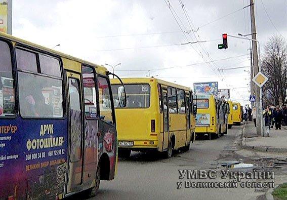 Працівники ДАІ Волині перевірили пасажироперевізників (ФОТО) (фото) - фото 1