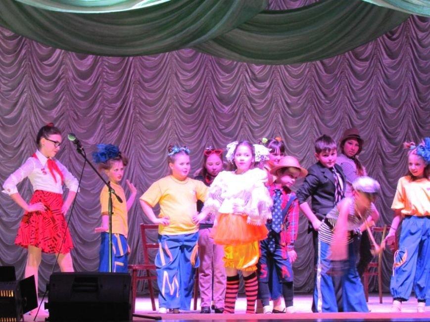 Никопольские театралы стали лучшими в областном фестивале (фото) - фото 1
