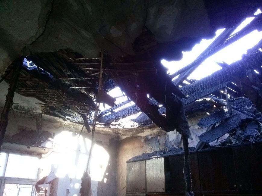 В Днепродзержинске из-за пожара эвакуировали жильцов дома (фото) - фото 5
