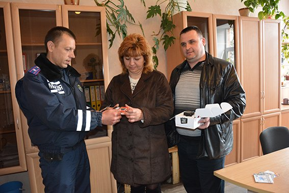 Николаевские волонтеры снабдили милицию видеорегистраторами (ФОТО, ВИДЕО) (фото) - фото 1