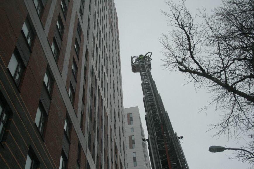 В Коммунарке прошли пожарно- тактические учения МЧС ТиНАО по спасению людей при пожаре в высотных жилых домах (ФОТО), фото-3