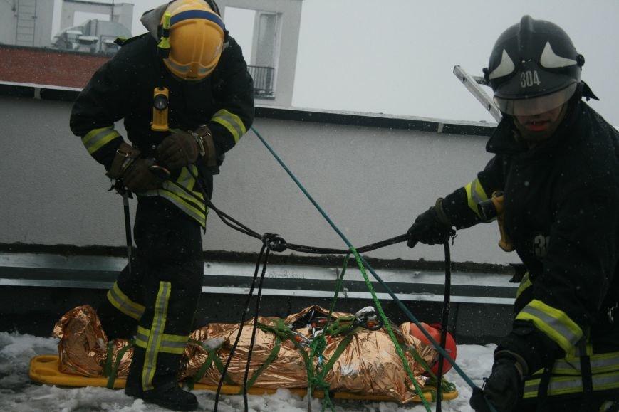 В Коммунарке прошли пожарно- тактические учения МЧС ТиНАО по спасению людей при пожаре в высотных жилых домах (ФОТО), фото-5