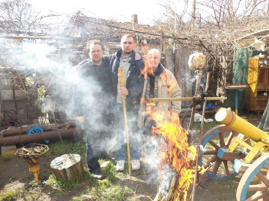 В Мариуполе сжигали зиму (ФОТО) (фото) - фото 1
