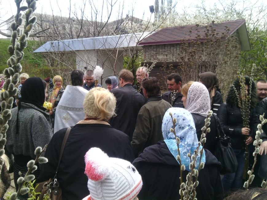 Сегодня жители Феодосии отмечают Вербное воскресенье, фото-1