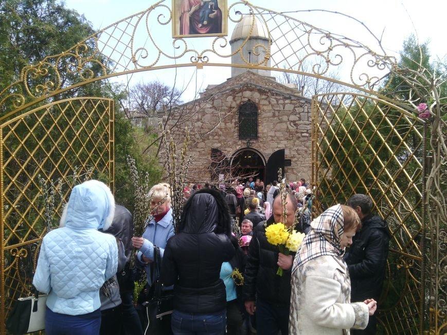 Сегодня жители Феодосии отмечают Вербное воскресенье, фото-3