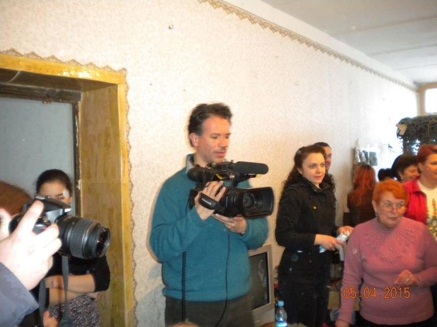 Французский режиссер снимал волонтеров Днепродзержинска для фильма про Украину «Возрождение нации», фото-1