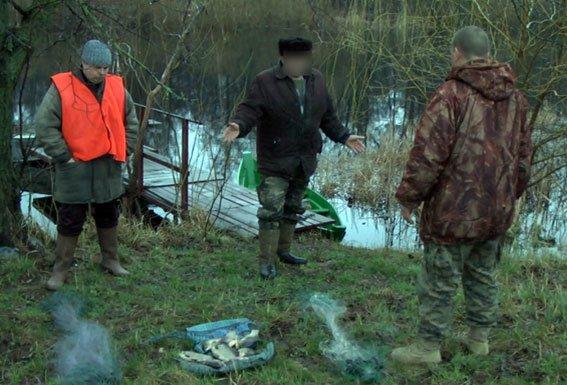 17 кілограм карасів стали здобиччю браконьєра з з Миргородщини (фото) - фото 1