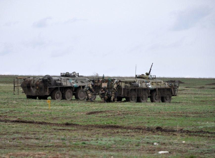 Новоиспеченные бойцы проходят боевое слаживание под руководством николаевских десантников (ФОТО) (фото) - фото 3