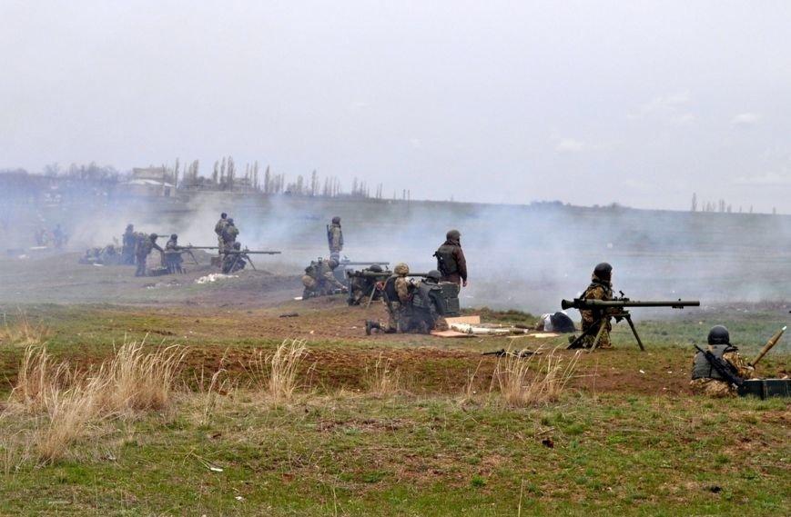 Новоиспеченные бойцы проходят боевое слаживание под руководством николаевских десантников (ФОТО) (фото) - фото 1