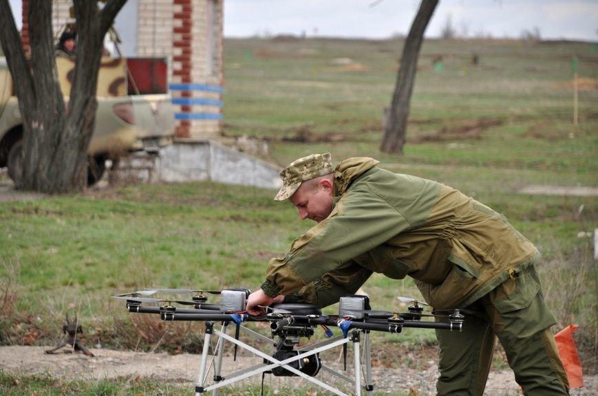 Новоиспеченные бойцы проходят боевое слаживание под руководством николаевских десантников (ФОТО) (фото) - фото 4