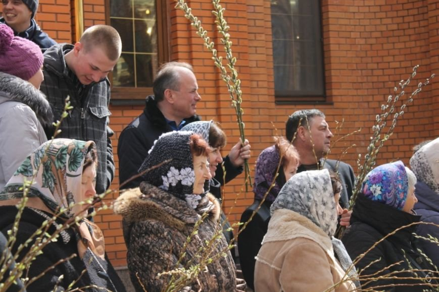 Вербное воскресенье в Свято-Покровском храме с. Боевое (фото) - фото 1