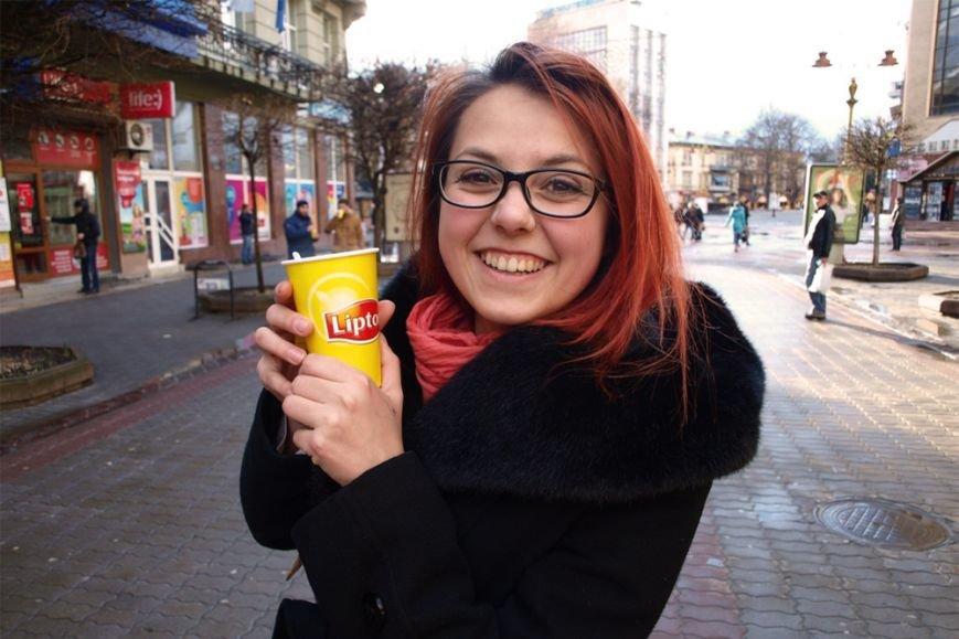 На вулицях міст України стало яскравіше (фото) - фото 2
