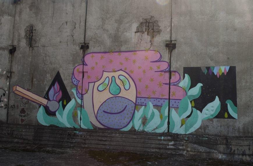 На окраине Запорожья найдена тренировочная база граффити (ФОТОРЕПОРТАЖ), фото-17