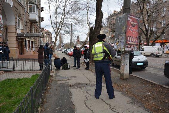В Николаеве задержали мужчину со смертельным арсеналом в сумке (ФОТО) (фото) - фото 2