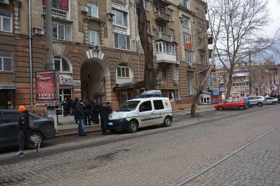 В Николаеве задержали мужчину со смертельным арсеналом в сумке (ФОТО) (фото) - фото 6