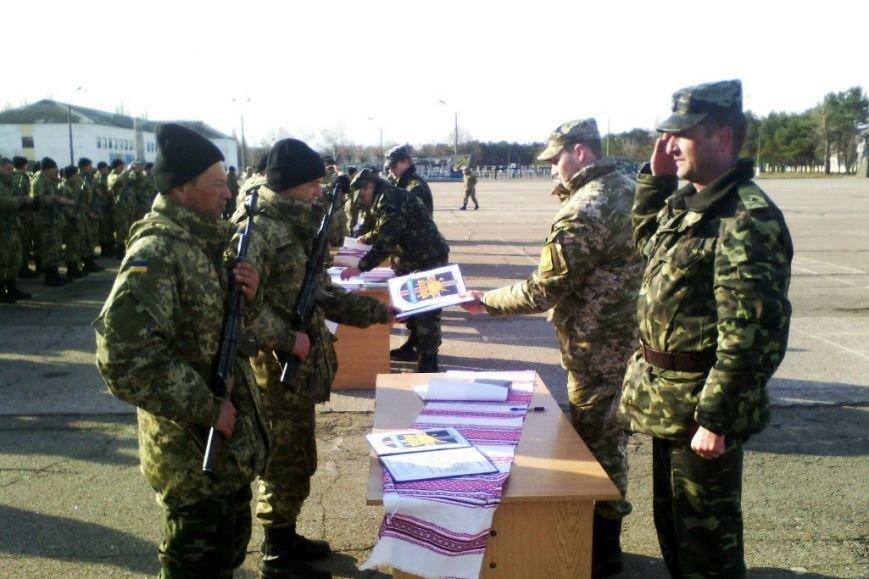 В Черниговской области 500 солдат присягнули на верность народу (фото) - фото 1