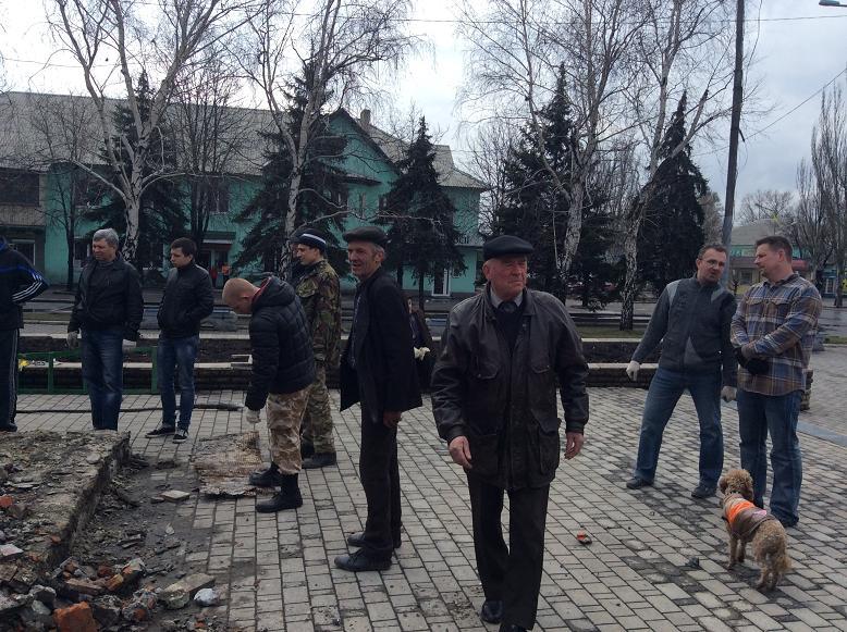 Постамент снесен: площадь г. Доброполья ожидает реализации нового архитектурного проекта (+ ВИДЕО), фото-11