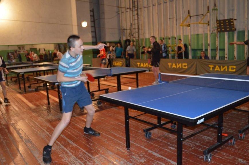В Енакиево подведены итоги городского турнира по настольному теннису памяти известного металлурга, фото-1