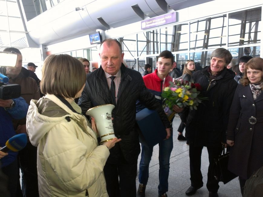 Львів'яни оваціями зустріли чемпіонку Марію Музичук (ФОТО) (фото) - фото 3