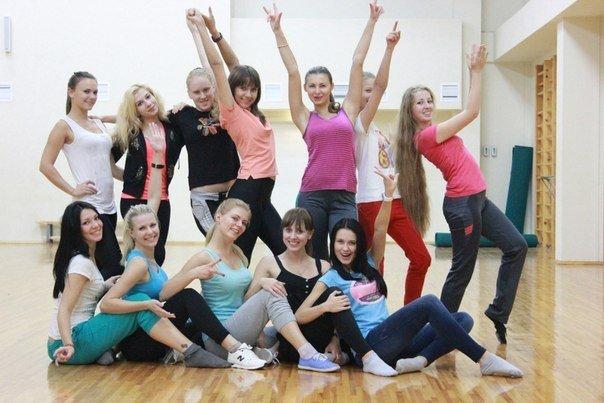 Группы поддержки хоккейных клубов Беларуси: от Гродно до Могилёва (+БОНУС) (фото) - фото 17