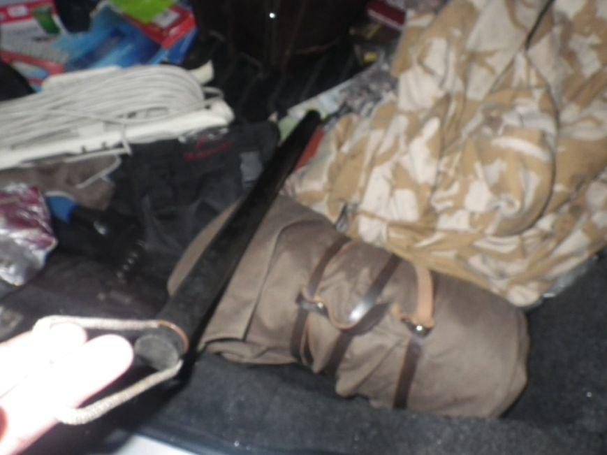 На границе Херсонщины задержали машину с оружием и наркотиками (фото) (фото) - фото 8