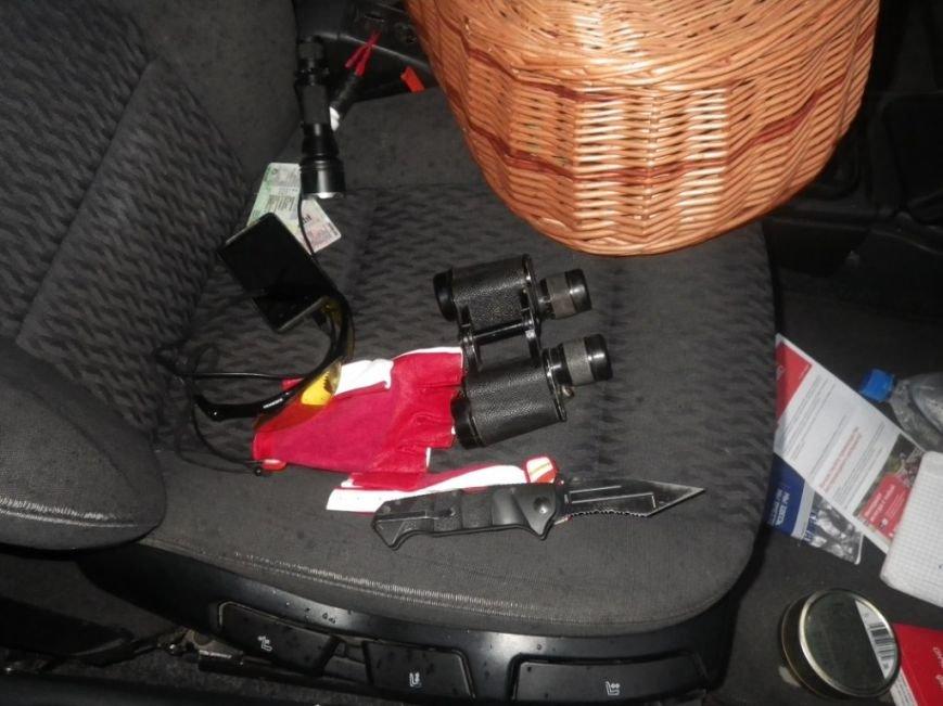 На границе Херсонщины задержали машину с оружием и наркотиками (фото) (фото) - фото 11